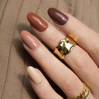 Fall 🍁 The colors that say warm & cozy!  Come in and pick your favorite fall color!  Yoirnails will love you!